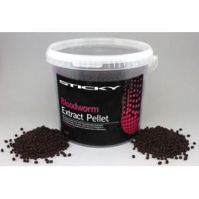 Bloodworm Pellet 2.3mm 900g Bag пеллетс Sticky Baits - Фото