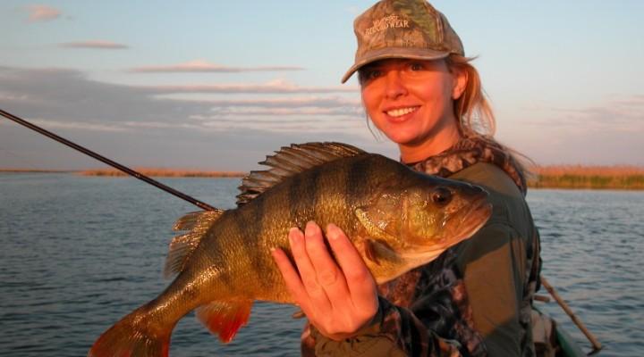 рыбалка сверху бурле идеже  днесь клюет рыба